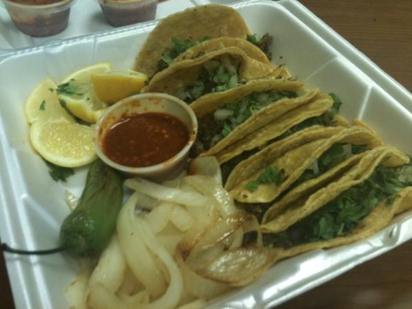 La Paisanita Tacos to go