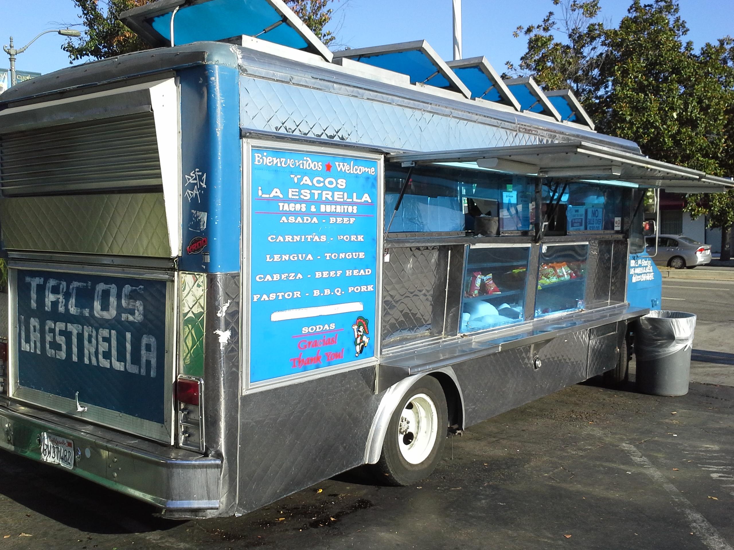 Review: Tacos La Estrella | Gas Station Tacos